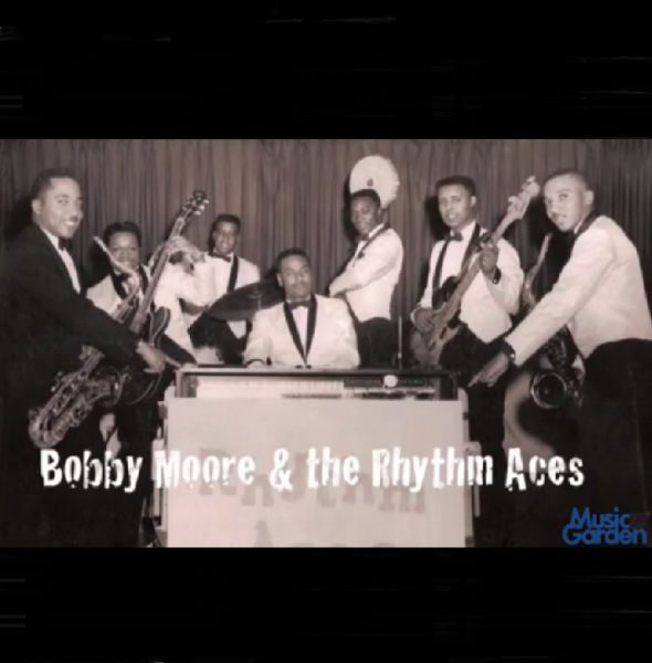 Bobby Moore and The Rhythm Aces : Live Dance Band