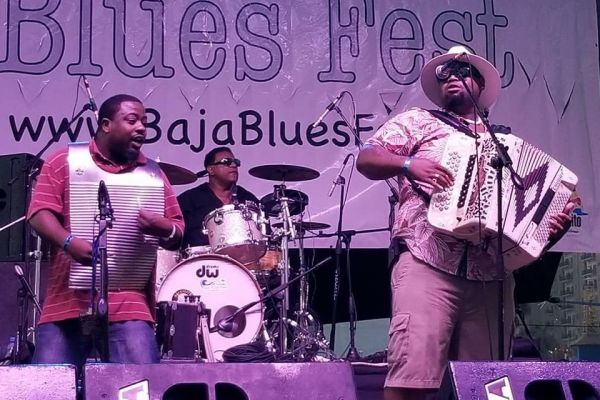 RJ & Zydeco Smoove :  Louisiana Zydeco Band